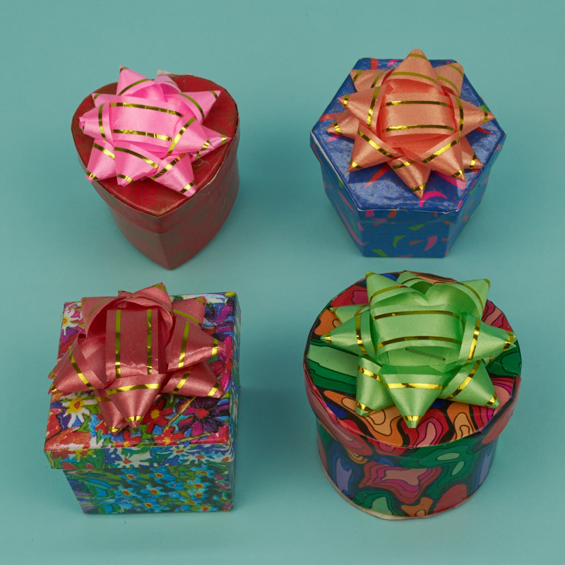 Hat Boxes with Bow - 1600 Series